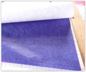 papier carbone entre le dessin et le polyphane